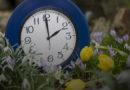Латвия возвращается на летнее время: когда надо переводить часы