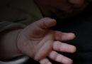 Полиция забрала у пьяной матери 6-месячную девочку: ребенка передали медикам