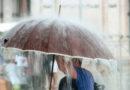 Латвию ждут очень сильные грозы: жителей призывают укрыться от молний и крупного града