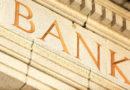 Многие латвийские банки прекращают использование кодовых карт