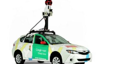 """Автомобиль """"Google"""" два месяца будет ездить по Латвии"""