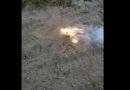 На курземское побережье снова вымыло опасный белый фосфор (фото, видео)