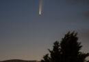 До конца июля в небе над Латвией будет видна яркая комета