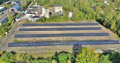 Курземе: производитель рыбных консервов установил крупнейший парк солнечных панелей