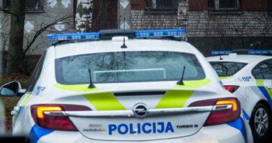 Лиепая: полицейский помог попавшей в беду женщине, оплатив ночлег
