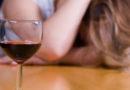 Пьяная женщина ехала по городу без прав на автомобиле без регистрационных знаков