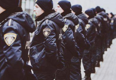 Генпрокурор: учреждения ощущают нехватку квалифицированных кадров