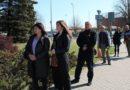 Полиция: 9 мая у памятника на Яуна Остмала нарушений зафиксировано не было